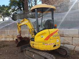 New Holland EH30B 3T Mini Excavator - picture4' - Click to enlarge