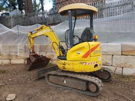 New Holland EH30B 3T Mini Excavator - picture19' - Click to enlarge