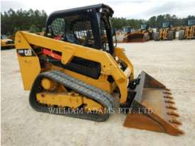 CATERPILLAR 239D Skid Steer Loaders - picture2' - Click to enlarge