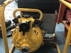 Davey Fire Fighting Pump Powered by Briggs and Stratton 5 HP Petrol Engine - picture5' - Click to enlarge