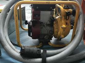 Davey Fire Fighting Pump Powered by Briggs and Stratton 5 HP Petrol Engine - picture7' - Click to enlarge