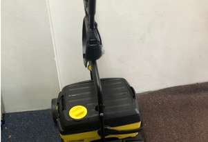 floor Electric floor scrubbing machine