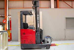 1.38T Battery Electric Sit Down Reach Truck
