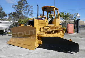 CATERPILLAR D4G XL Bulldozer w Slope board fitted DOZCATG