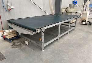 Leda Outfeed conveyors