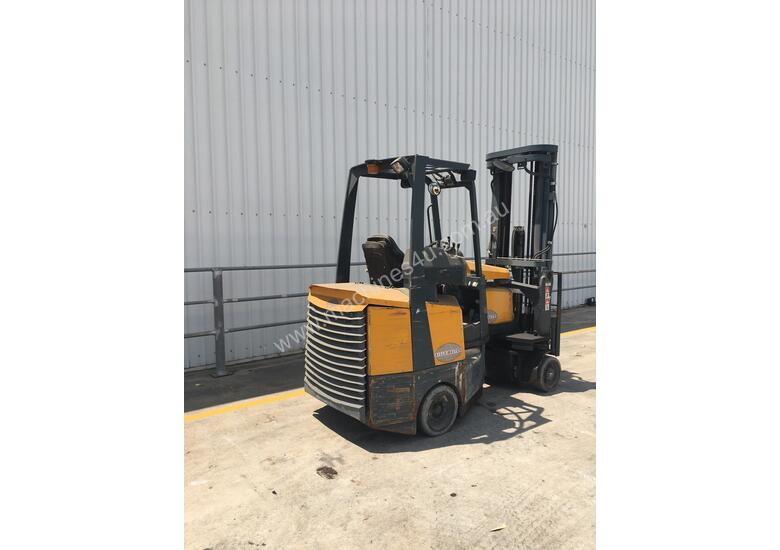2.0T Battery Electric Narrow Aisle Forklift