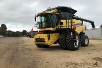 New Holland CR 9090 Header(Combine) Harvester/Header
