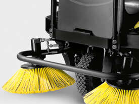 Karcher Brand New - Indoor/Outdoor Ride On Sweeper - picture2' - Click to enlarge