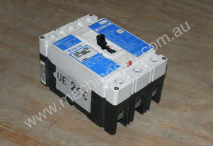 Cutler Hammer EHD3040 Circuit Breakers.