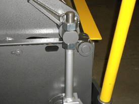 1250mm x 2mm Australian made panbrake folder - picture14' - Click to enlarge