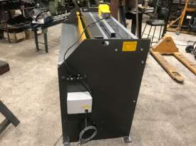 1250mm x 2mm Australian made panbrake folder - picture18' - Click to enlarge