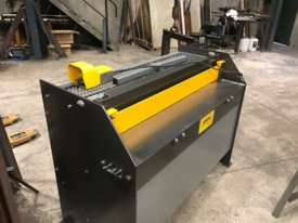 1250mm x 2mm Australian made panbrake folder - picture19' - Click to enlarge