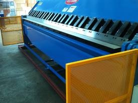 NEW PRODUCT - 4000MM X 4MM 2 AXIS NC  - picture4' - Click to enlarge