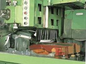 Ajax Chin Hung 560mm Swing High Quality Lathes - picture14' - Click to enlarge