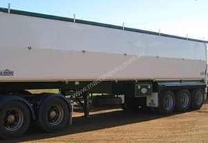 2014 Rhino Smoothbulk Superlite Tipper
