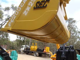 Tilt Bucket to Suit 20 Ton NEW 1860 mm wide - picture1' - Click to enlarge
