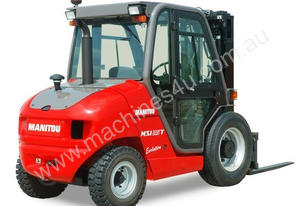 Manitou 4WD DUMPER FOR HIRE