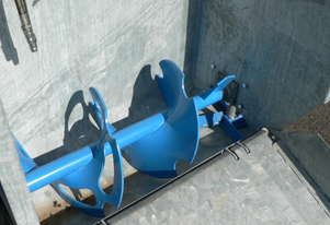 SELF LOADING LINKAGE Spreader