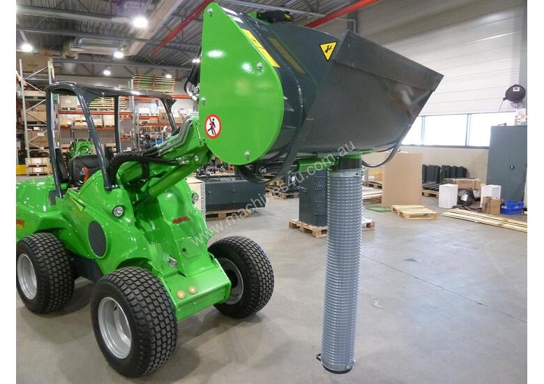 Avant Self loading concrete cement mixer bucket