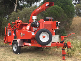 NEW Morbark Beever 1821 Diesel Wood Chipper - picture2' - Click to enlarge