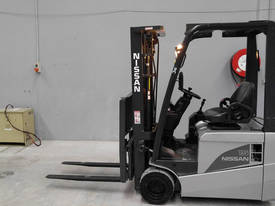Nissan 1.5T Electric Forklift- With Side Shift & C