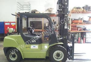4ton LPG forklift, 6000mm lift, 3 stage mast