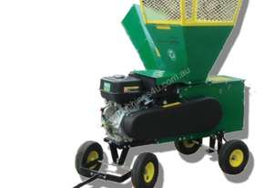 Wood Shredder Chipper Mulcher 13HP 4 WHEEL TOWABLE