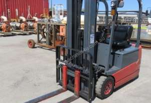 3 WHEEL BATTERY ELECTRIC CONTAINER FORKLIFT WITH S