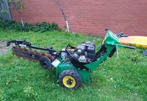 Trencher in VGC, new teeth and serviced