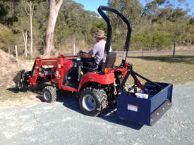 TYM T194 Front end loader compatible  - picture0' - Click to enlarge