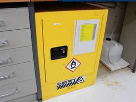 Flammable Goods Cabinet - picture4' - Click to enlarge
