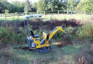 2018 Ozziquip Tiger Mini Excavator Comes with 200mm, 400mm and 600mm buckets. PLUS a ripper and sun