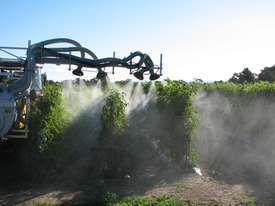 VEGETABLE-TOMATOES SPRAYER - picture5' - Click to enlarge