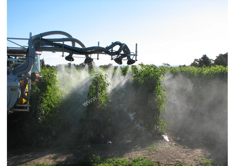 VEGETABLE-TOMATOES SPRAYER