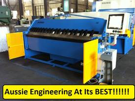 SM-FHPB2506CNC2 2500mm CNC2 Foldmaster - picture0' - Click to enlarge
