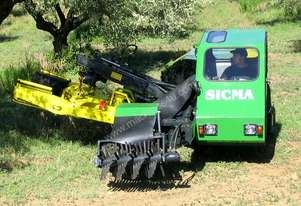 DEMONSTRATOR NUT HARVESTER/TREE SHAKER-VIBRATOR