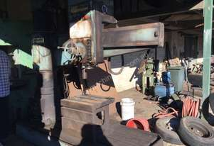Herless Radial Arm Drill