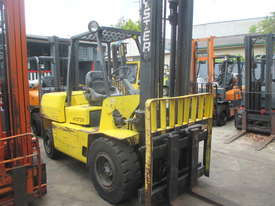 Hyster 4.5 ton Diesel Used Forklift - picture1' - Click to enlarge