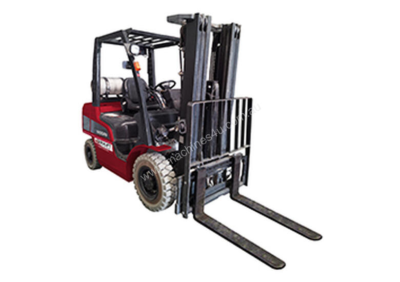 2.5T GAS FORKLIFT � 6M LIFT HEIGHT