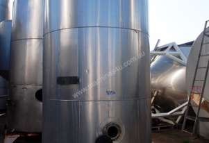Stainless Steel Storage Tank (Vertical), Capacity: 11,000Lt