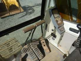 2006 Used Hyundai Robex 290LC-7 Excavator - picture17' - Click to enlarge
