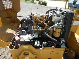 2009 CAT CB14 Double Drum Vibrating Roller - picture8' - Click to enlarge