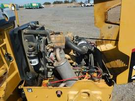 2009 CAT CB14 Double Drum Vibrating Roller - picture9' - Click to enlarge