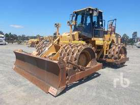 CATERPILLAR 825G Compactor - picture0' - Click to enlarge
