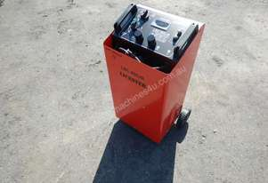 Leicester LBC-900J Battery Charger / Jump Start