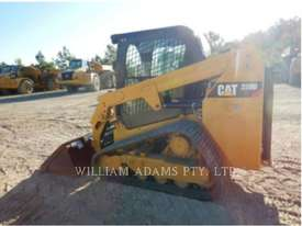 CATERPILLAR 239D Multi Terrain Loaders - picture2' - Click to enlarge