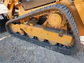 CATERPILLAR 239D Multi Terrain Loaders - picture14' - Click to enlarge