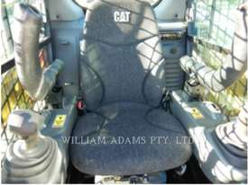 CATERPILLAR 239D Multi Terrain Loaders - picture15' - Click to enlarge