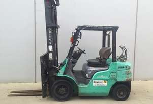 2.5T Pneumatic Counterbalance Forklift