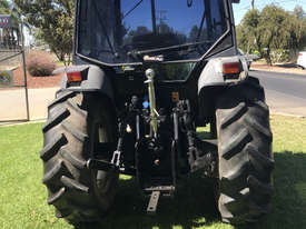 Massey Ferguson 2220 FWA/4WD Tractor - picture3' - Click to enlarge